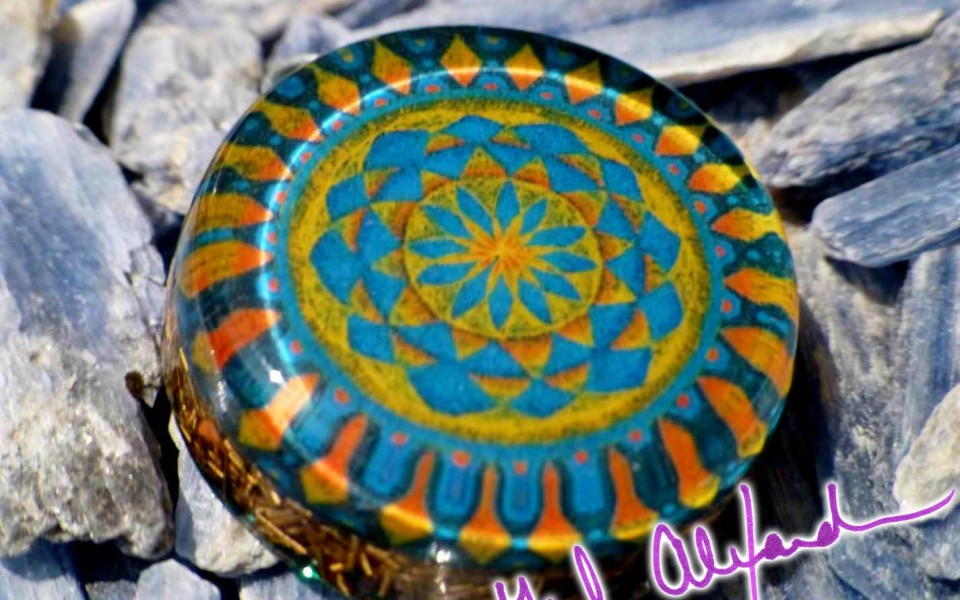 Aztec / Mayan Gate – Mandala by Gail Alexander – Special Orgone Pendant (8 CRYSTALS)
