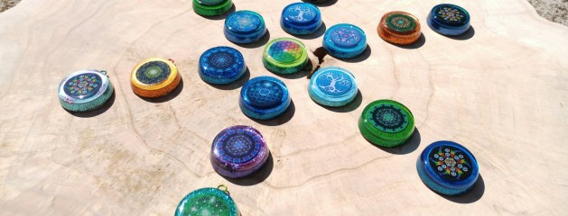 Orgonite pendants with custom crystals