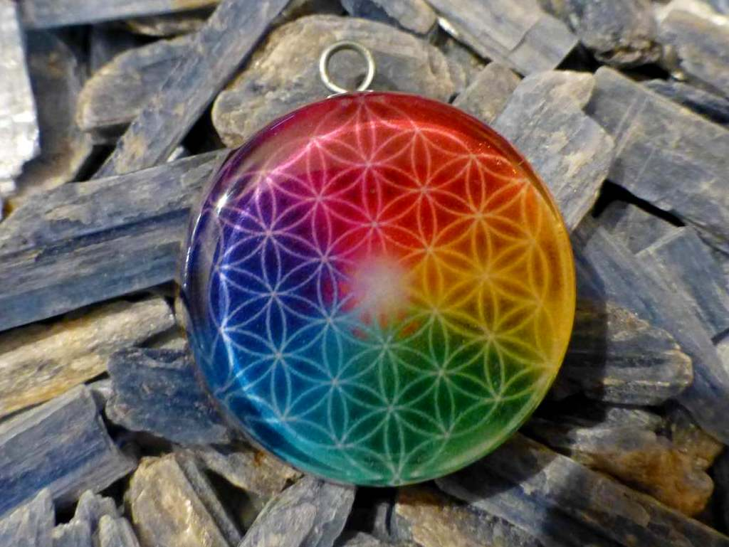 Colorful Flower of Life - Orgone Pendant programed with 528hz DNA repair
